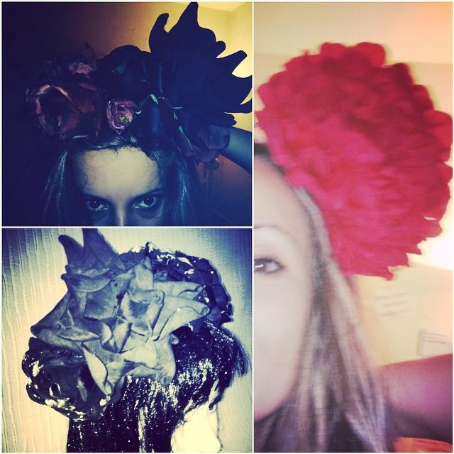 coronite cu flori negre s rosii