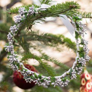coronita de craciun flori argintii