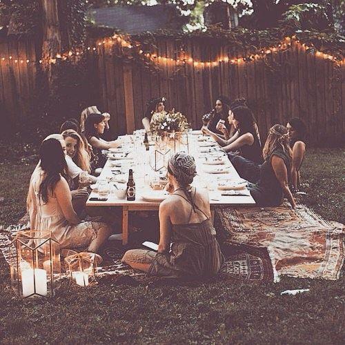 petrecerea_burlacitelor_coronite_flori_gradina