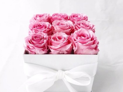 Trandafirii criogenati si forme de aranjament floral