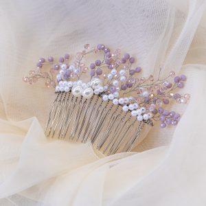 4.AURORA_Pieptene_par cu perle albe si cristale mov