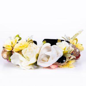 Coronita cu flori si scoici