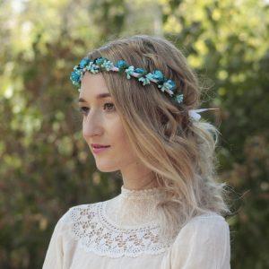 coronita flori albastre