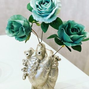 Vaza inima arginti